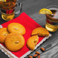 Bambu Clinic almond cookies